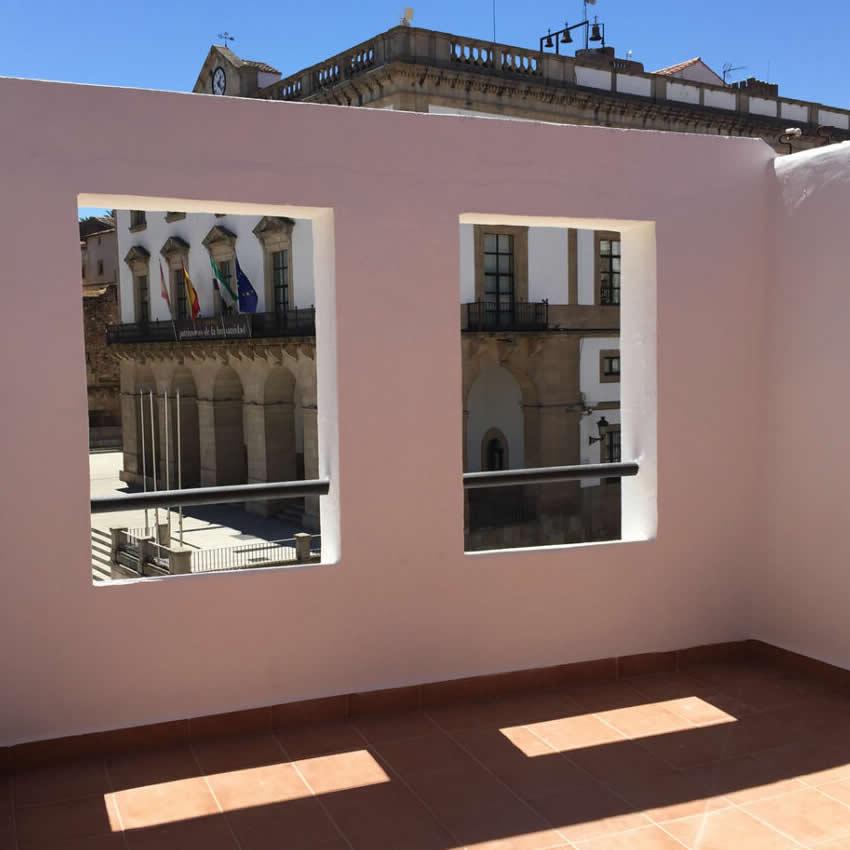 Rehabilitación de Inmueble en Plaza Mayor de Cáceres.